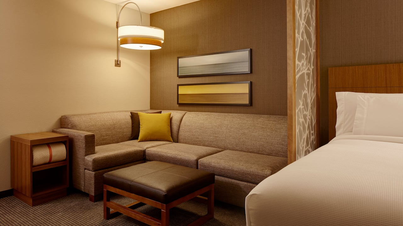 Cozy Corner with Sofa Sleeper - Hyatt Place Madison/Verona