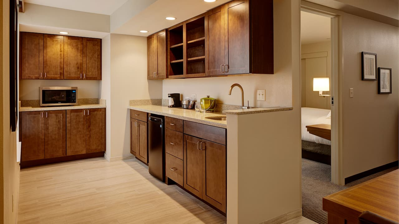 One Bedroom Suite Kitchenette - Hyatt Place Madison/Verona