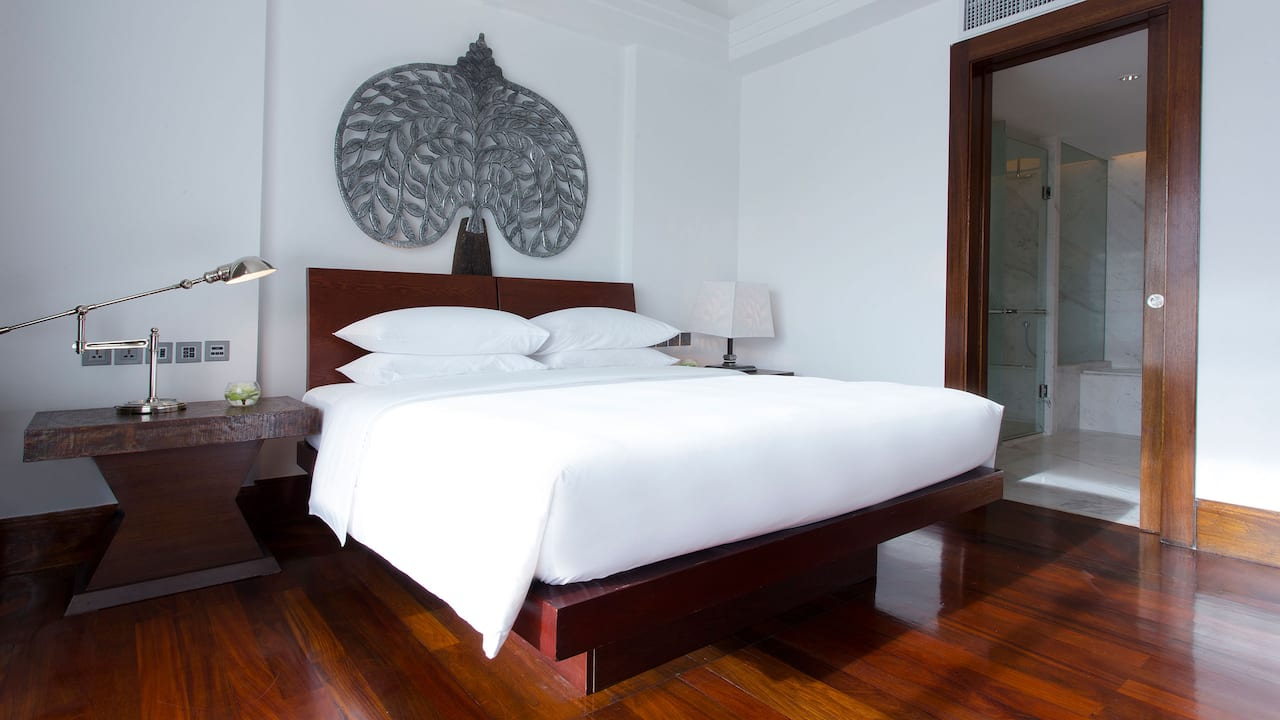 Luxury 5-star hotel in Siem Reap 1 King Bed Deluxe