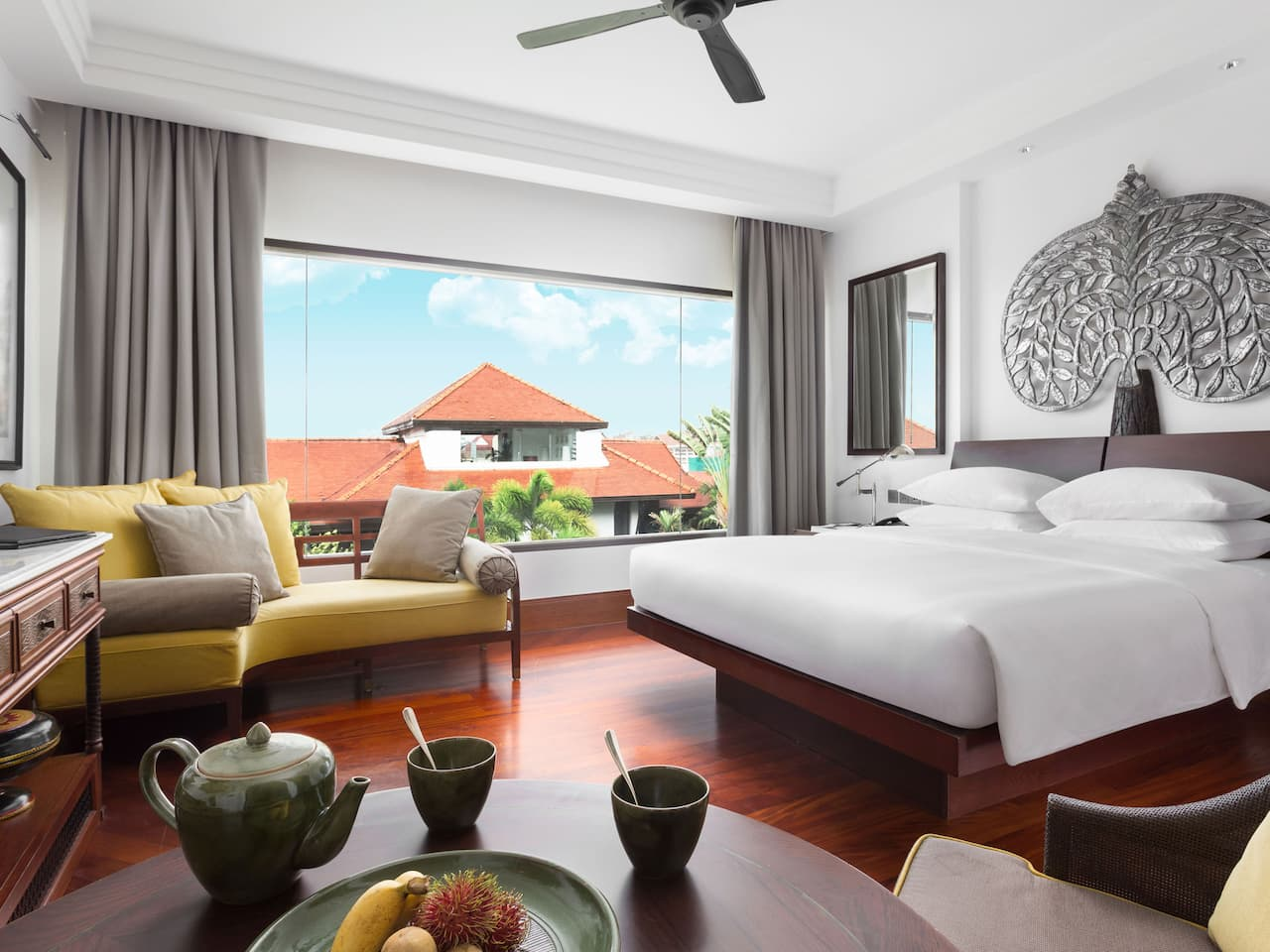 Luxury hotel in Siem Reap Park King Room