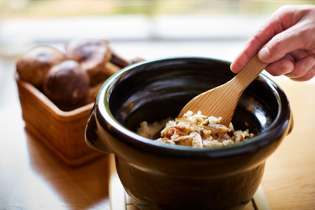 Touzan Hot Pot Rice Matsutake Mushrooms
