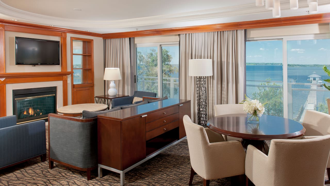Water View Presidential Suite