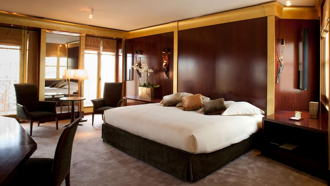 Presidential Suite at Park Hyatt Paris-Vendôme