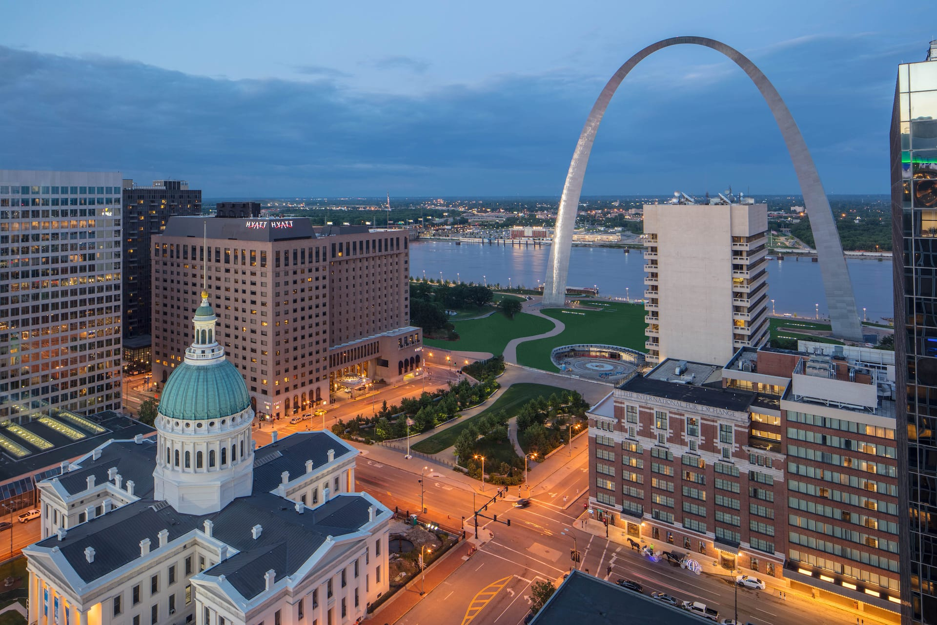 Dusk in St. Louis - Hyatt Regency St. Louis at The Arch