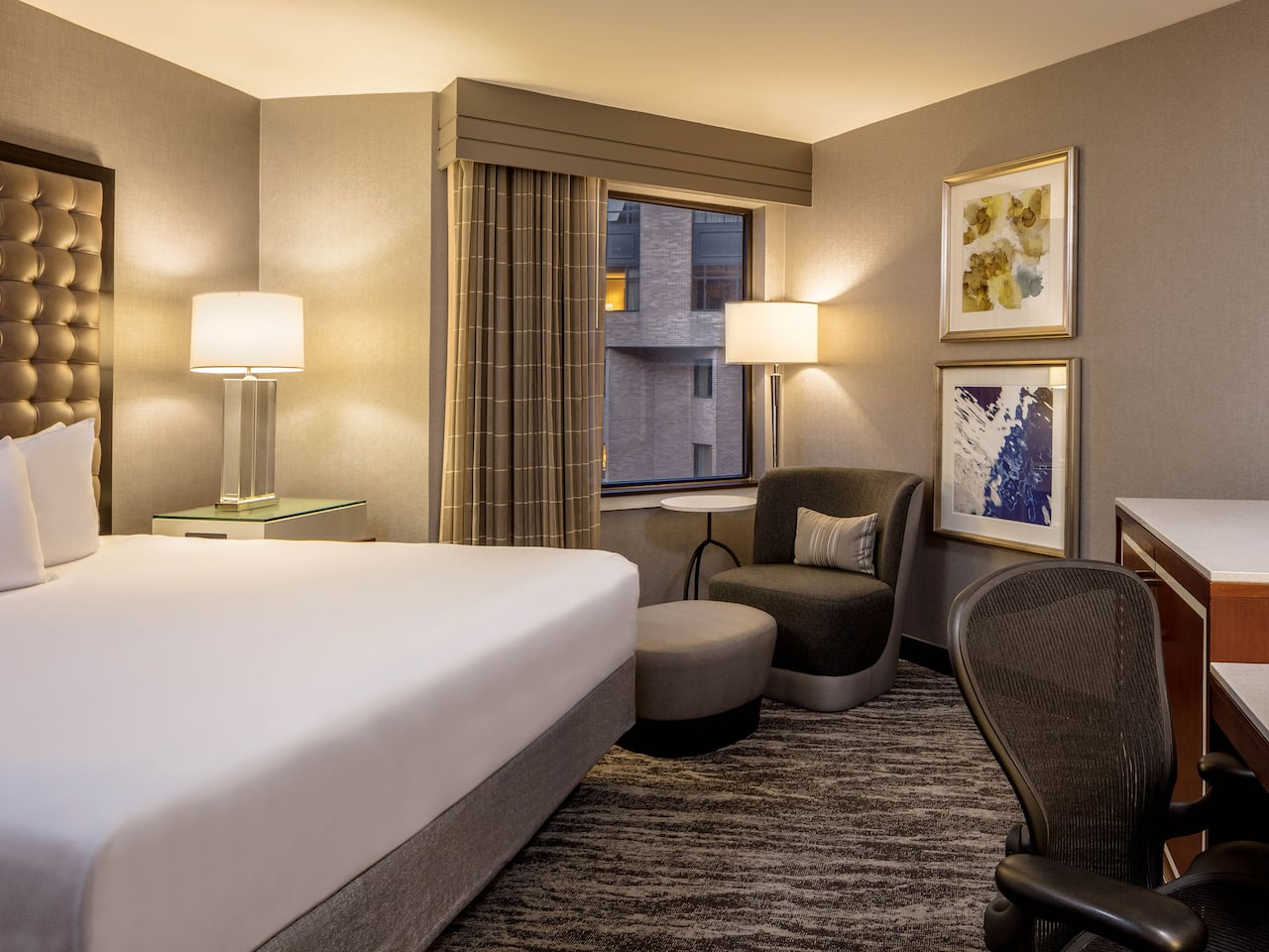Hyatt Regency St Louis King Guestroom