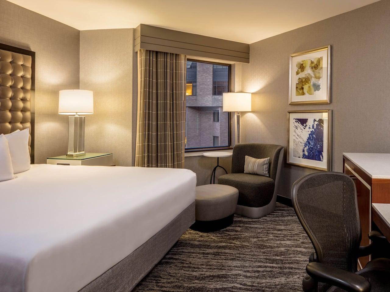 Hyatt Regency St Louis King Guestroom