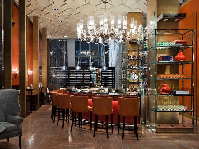 老上海酒吧
