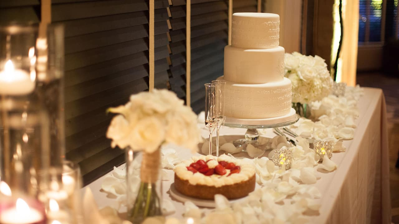 Wedding Cake Table Park Hyatt Beaver Creek Resort and Spa