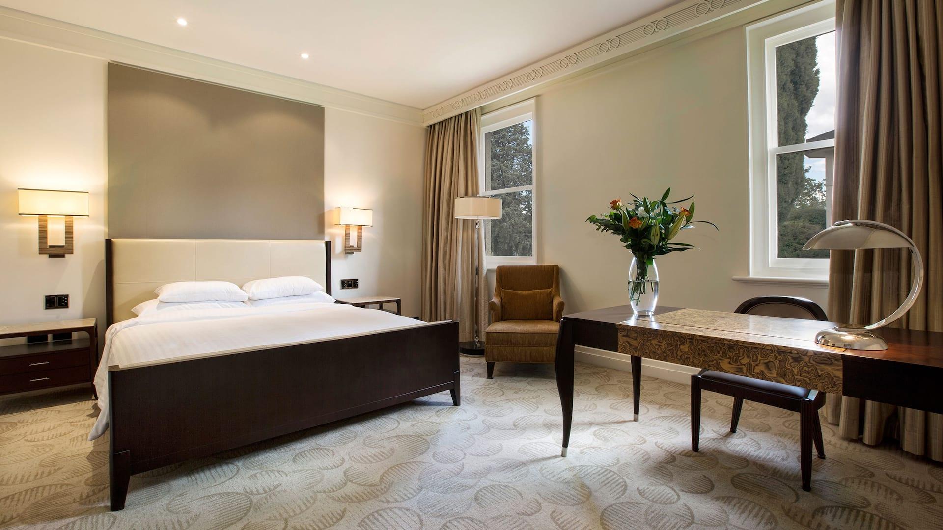Park Hyatt Canberra Room