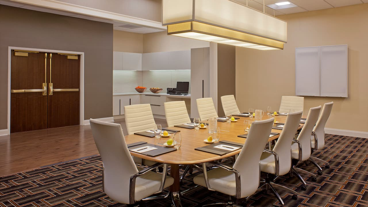 Boardroom Hyatt Regency Atlanta
