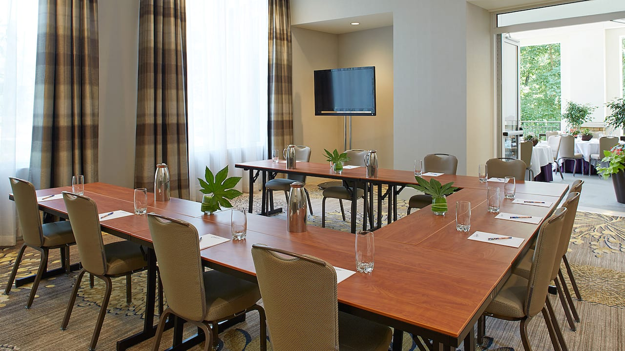 Jasmine Boardroom Hyatt Regency Atlanta Perimeter at Villa Christina