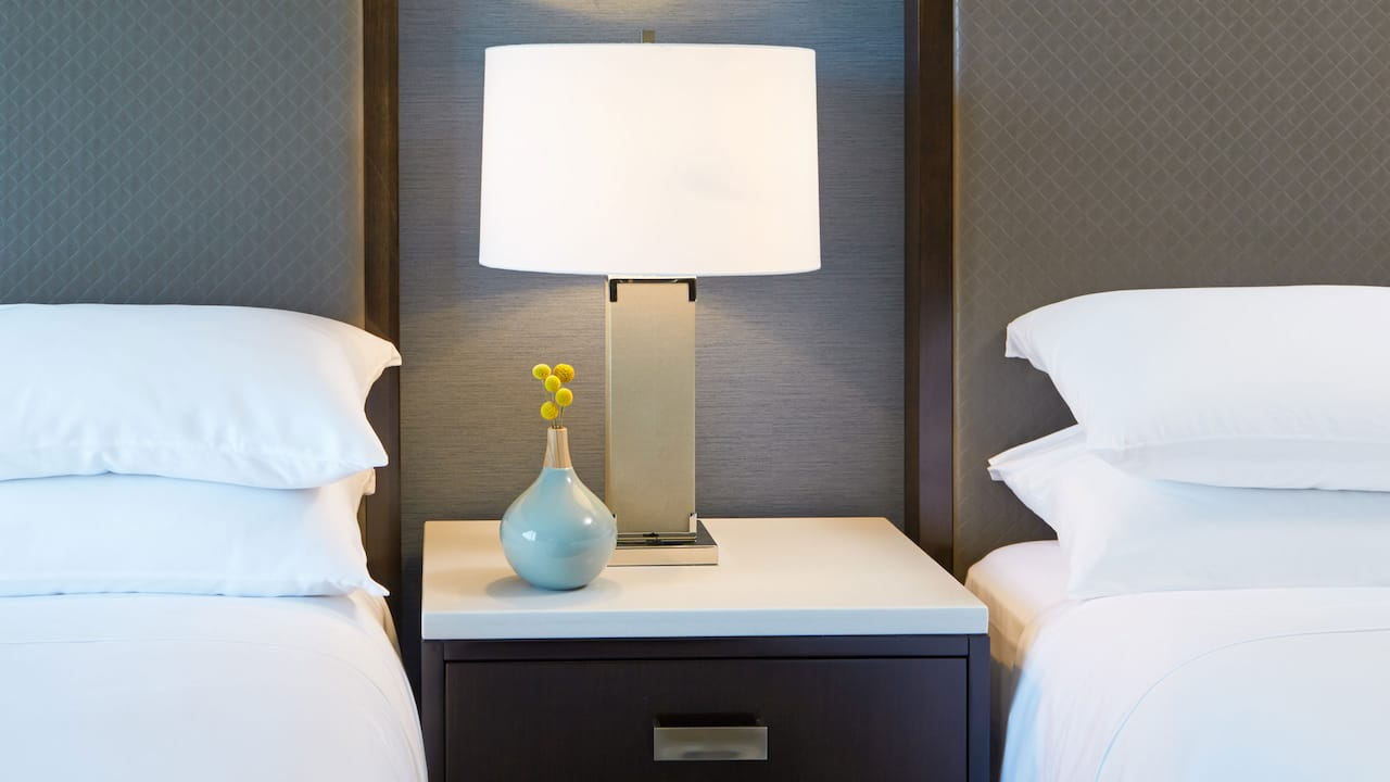 ADA High Floor Queen Room Hyatt Regency Atlanta Perimeter at Villa Christina