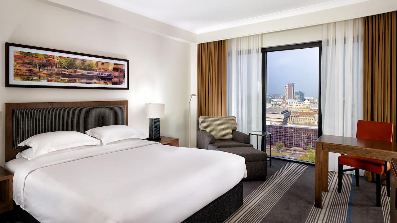 Room and Suites in Birmingham city centre | Hyatt Regency Birmingham