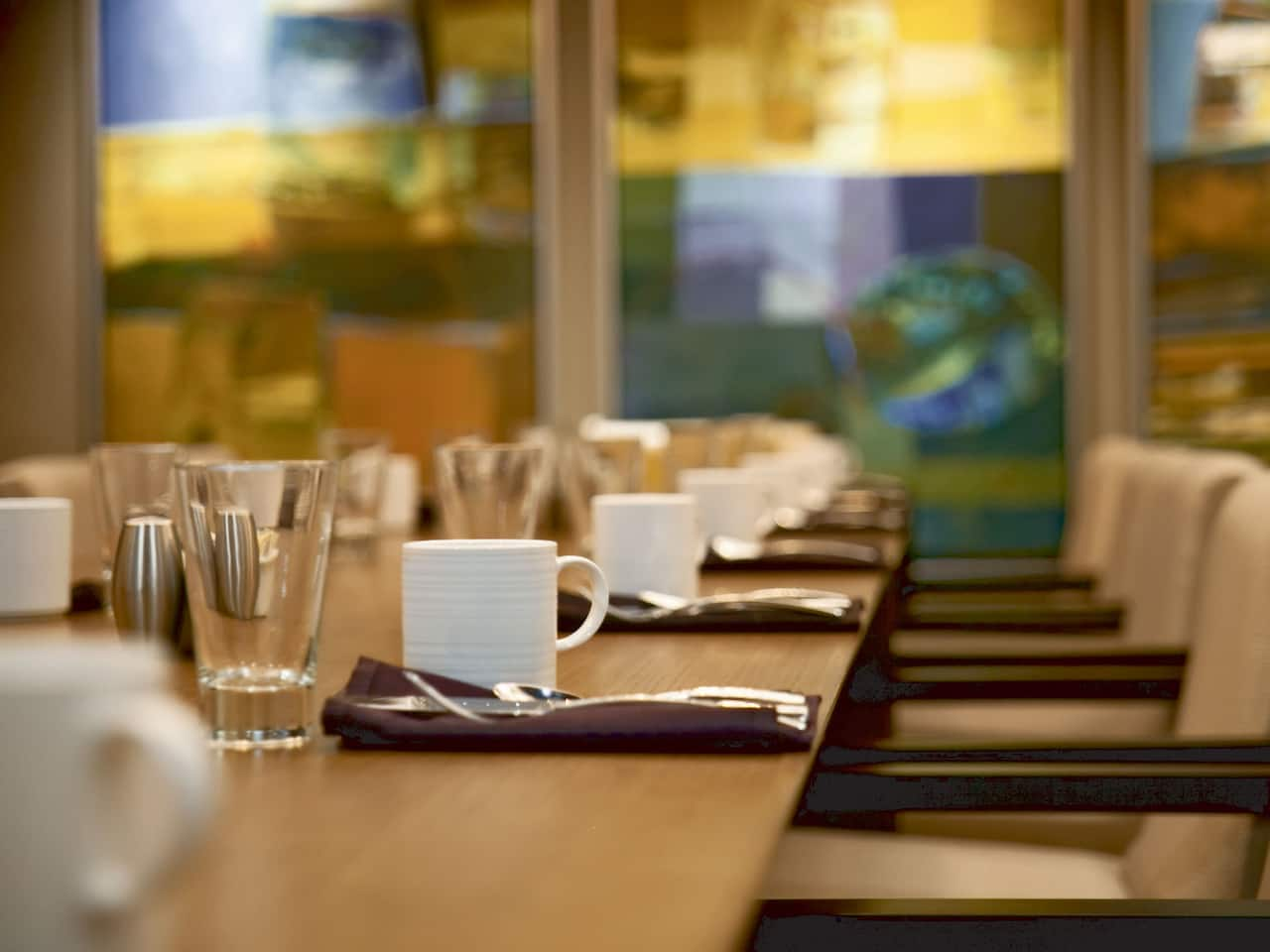 Hyatt Regency Birmingham – The Wynfrey Hotel Merk's Tavern & Kitchen