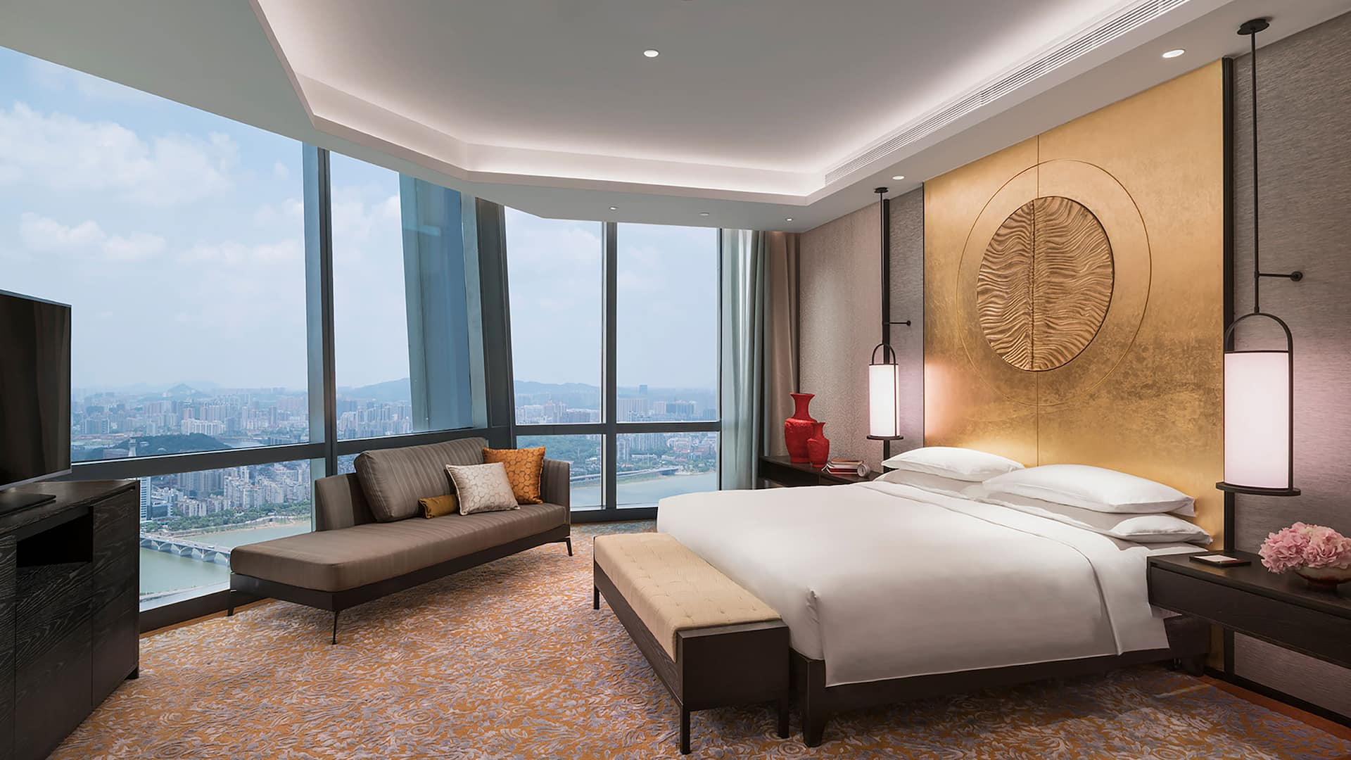 Grand Hyatt Changsha Grand Executive Suite Bedroom