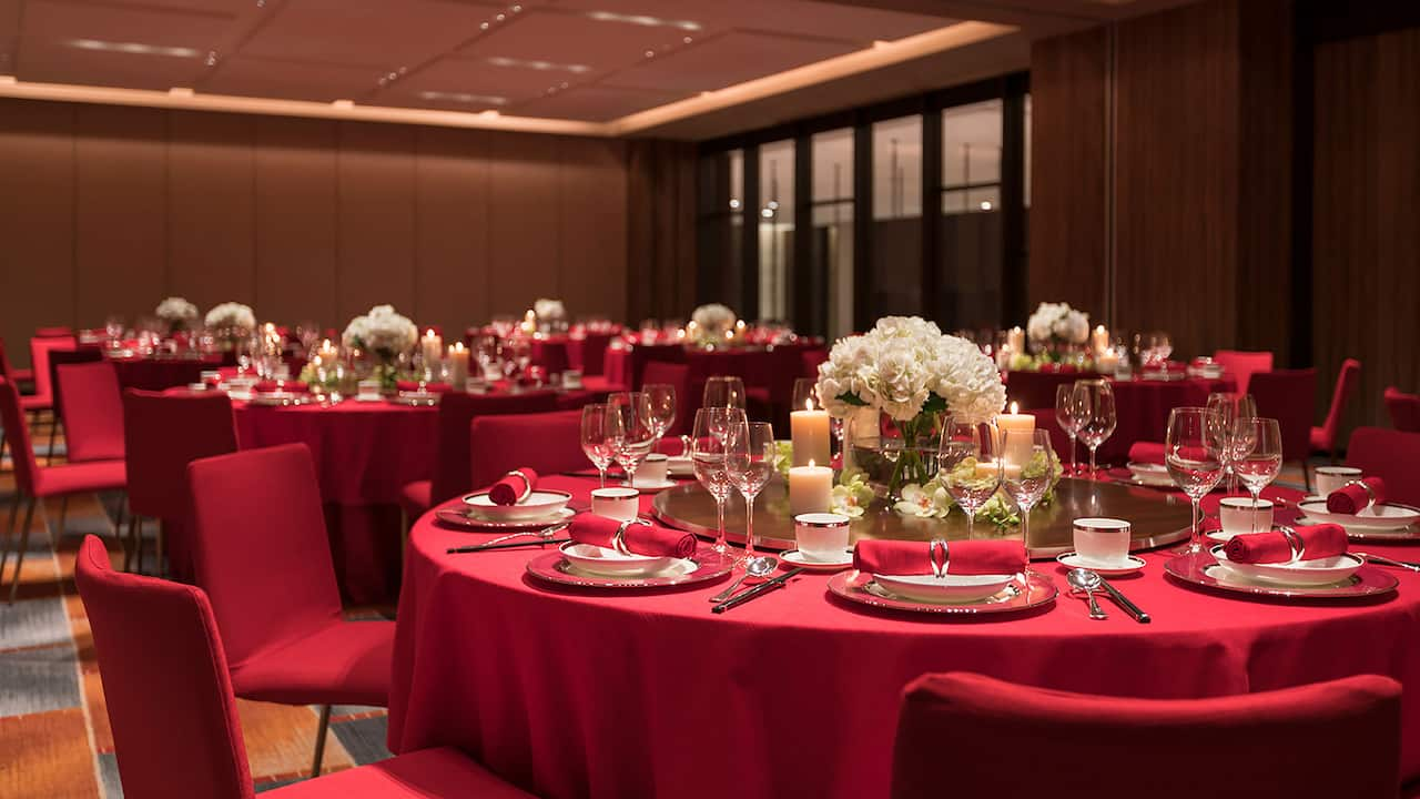 Grand Residence Round Table