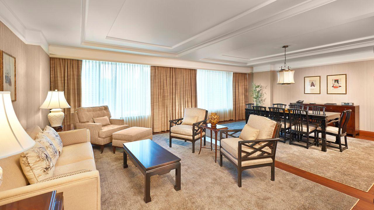 Hyatt Regency Calgary Premier Suite