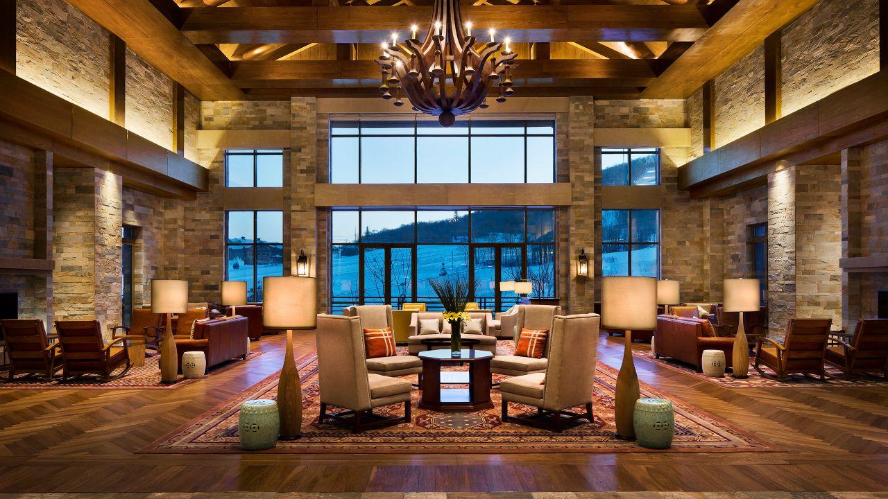 Lobby with ski view