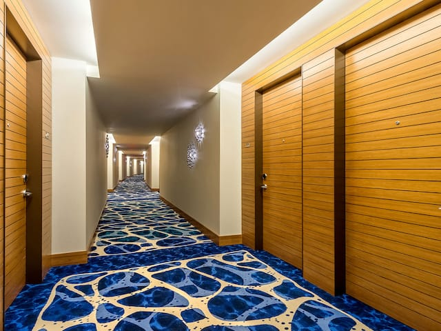 Hallway Grand Hyatt Baha Mar
