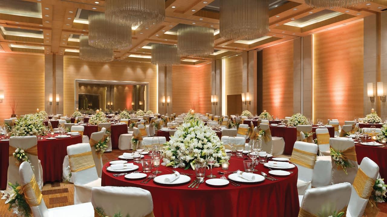 Regency Ballroom Dining Setup