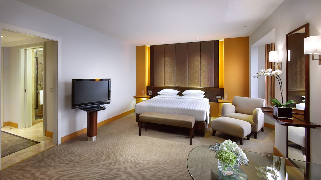 1 King Bed, Rooms with City & Swimming Pool View The Grand Hyatt Hotel, Jakarta