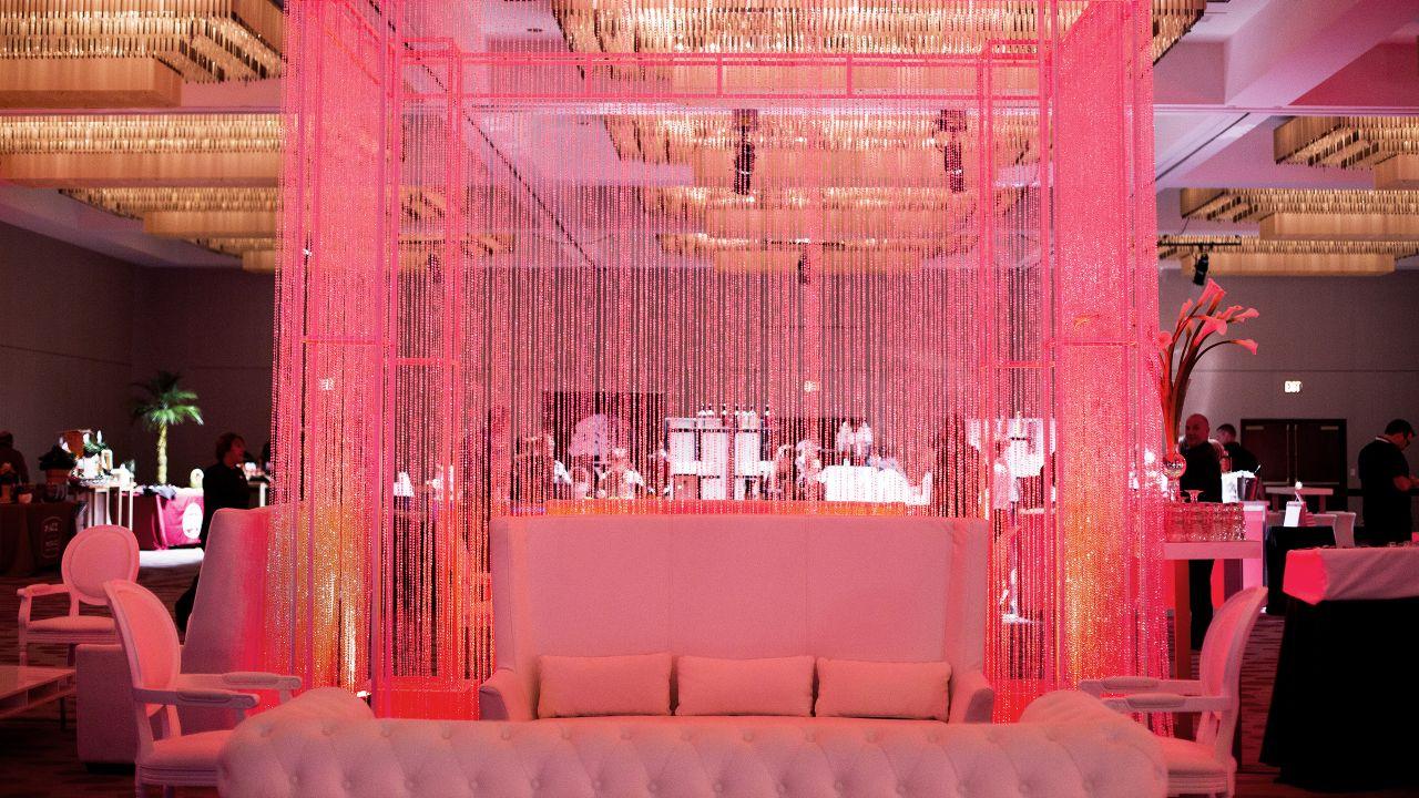 Hyatt Regency Cincinnati Wedding Venues in Downtown Cincinnati