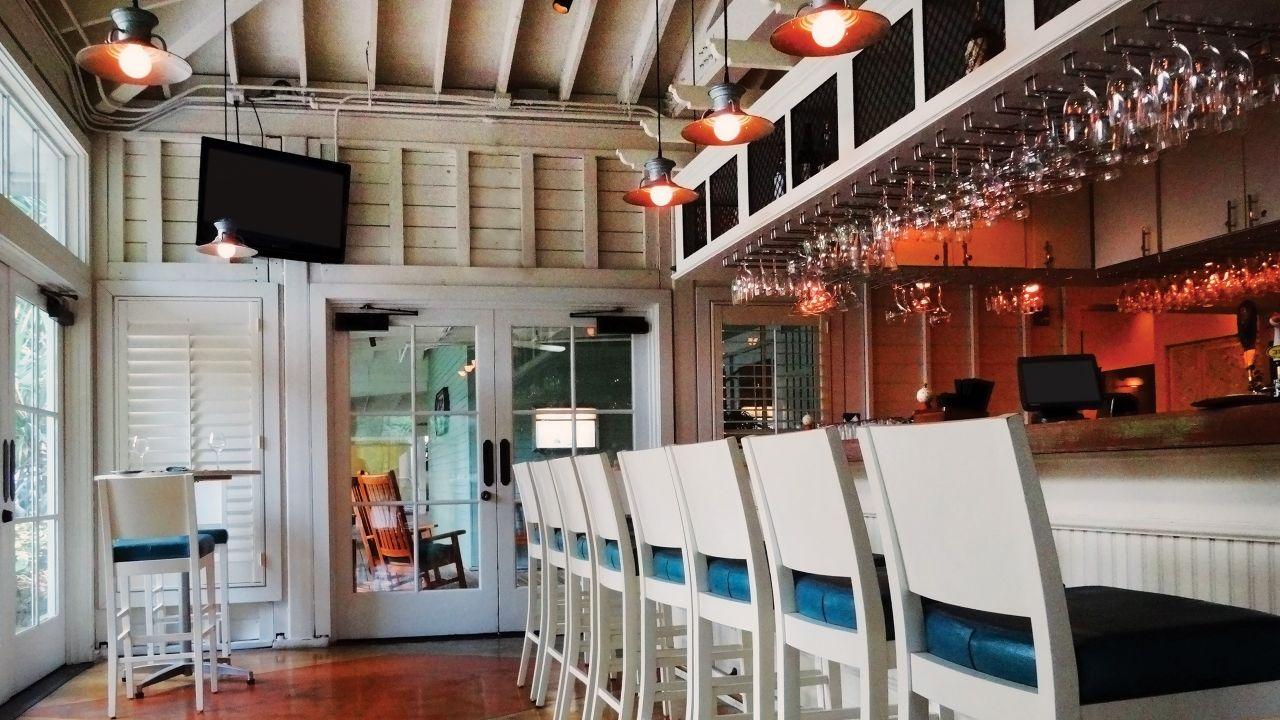 Tarpon Bar