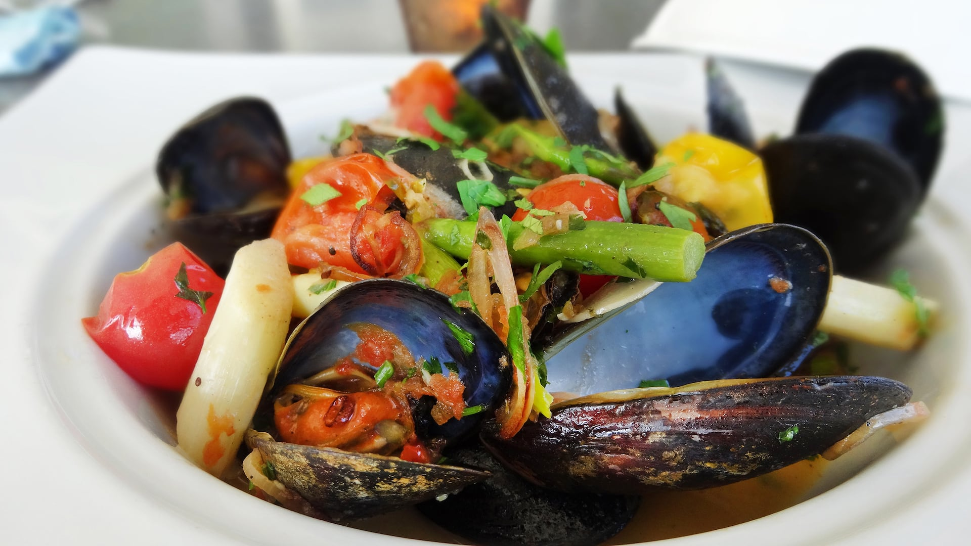 Fresh Seafood Mussels Entree