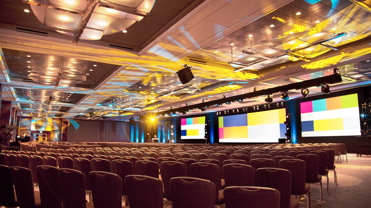 Grand Ballroom Multicolor