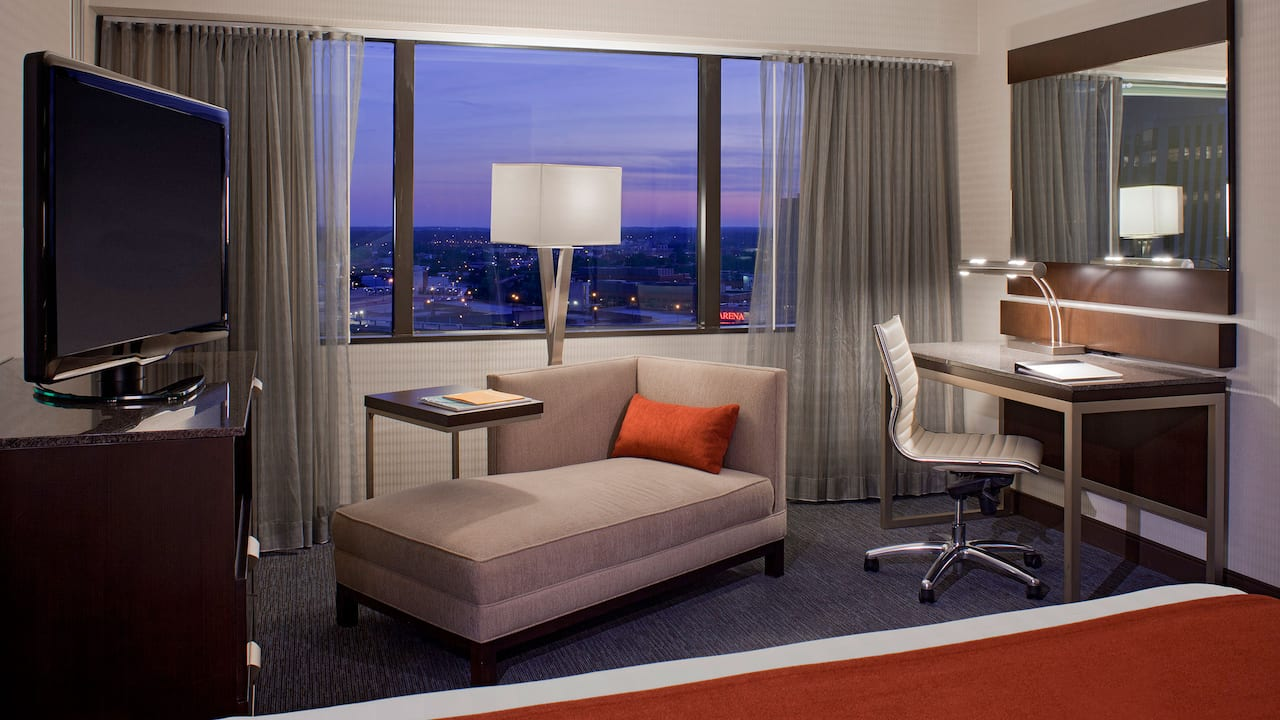Hyatt Regency King Guestroom City View