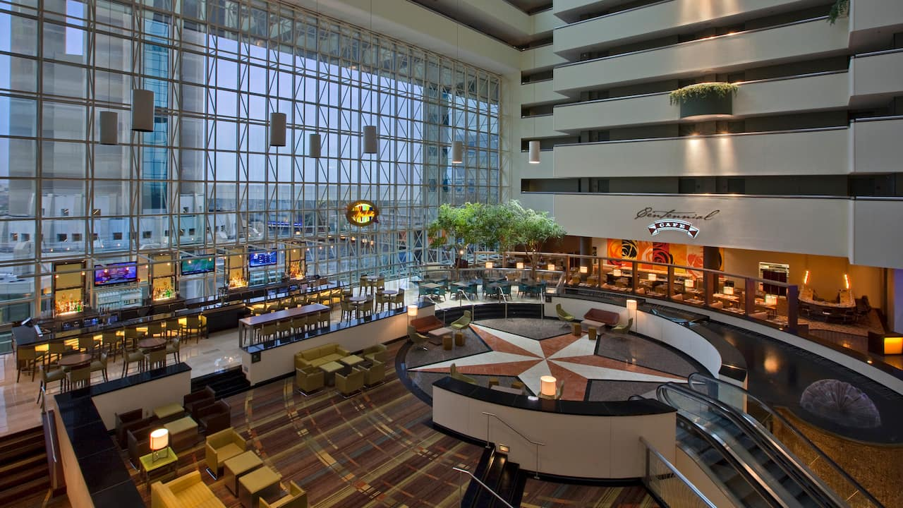 Atrium Hyatt Regency Dallas