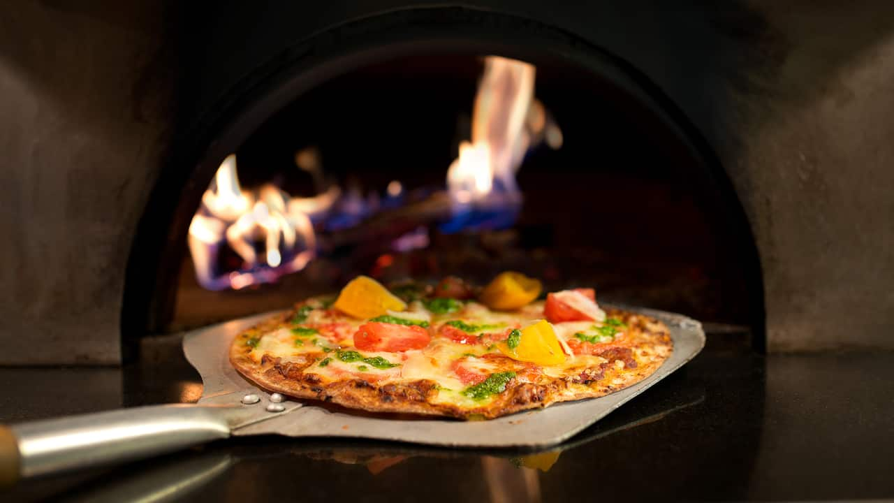 Woodfire Pizza Hyatt Regency Dallas Dining Paririnos