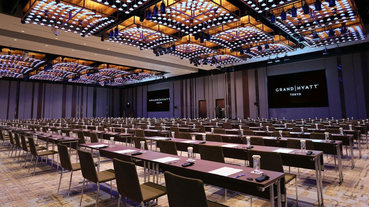 Grand Hyatt Tokyo Meeting Grand Ballroom Classroom Style グランド ハイアット 東京 グランド ボールルーム スクール形式