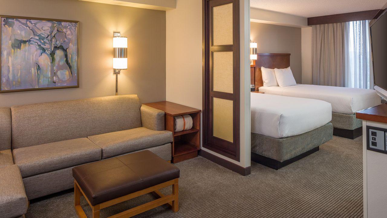 Modern Hotel Near San Antonio International Airport - Hyatt Place ...