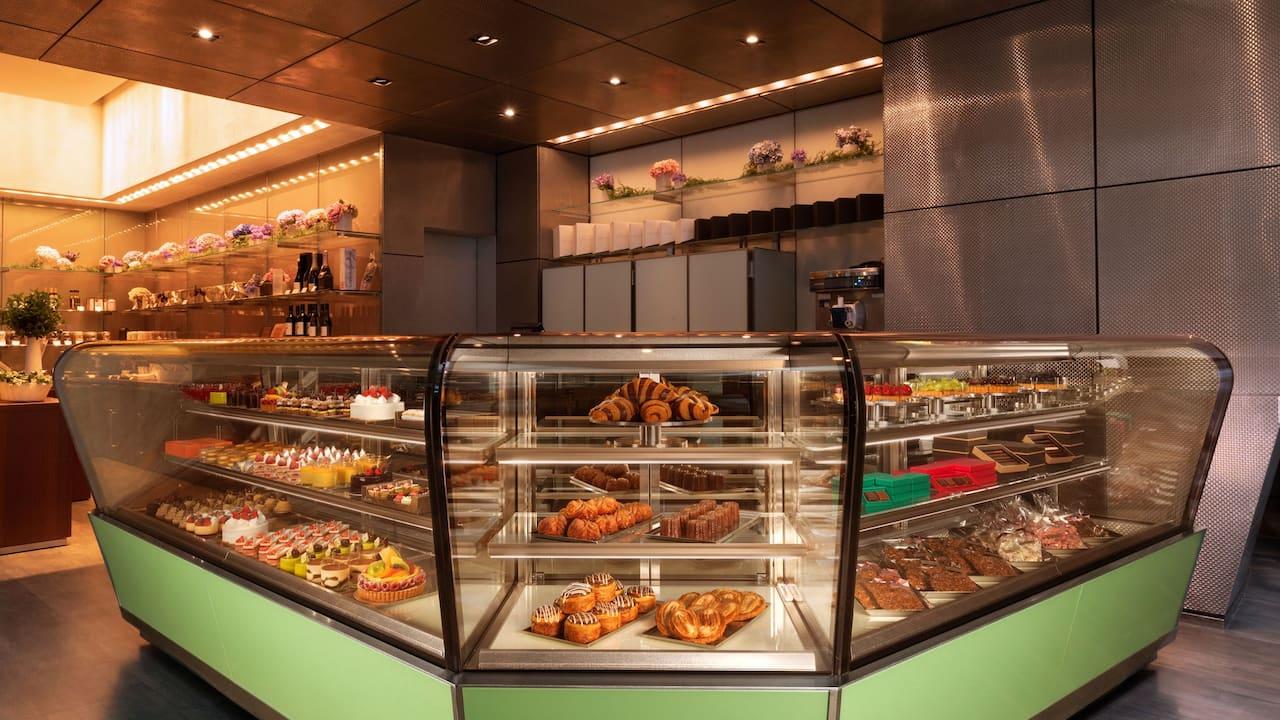 Grand Hyatt Tokyo Fiorentina Pastry Boutique Showcase グランド ハイアット 東京フィオレンティーナ ペストリーブティック
