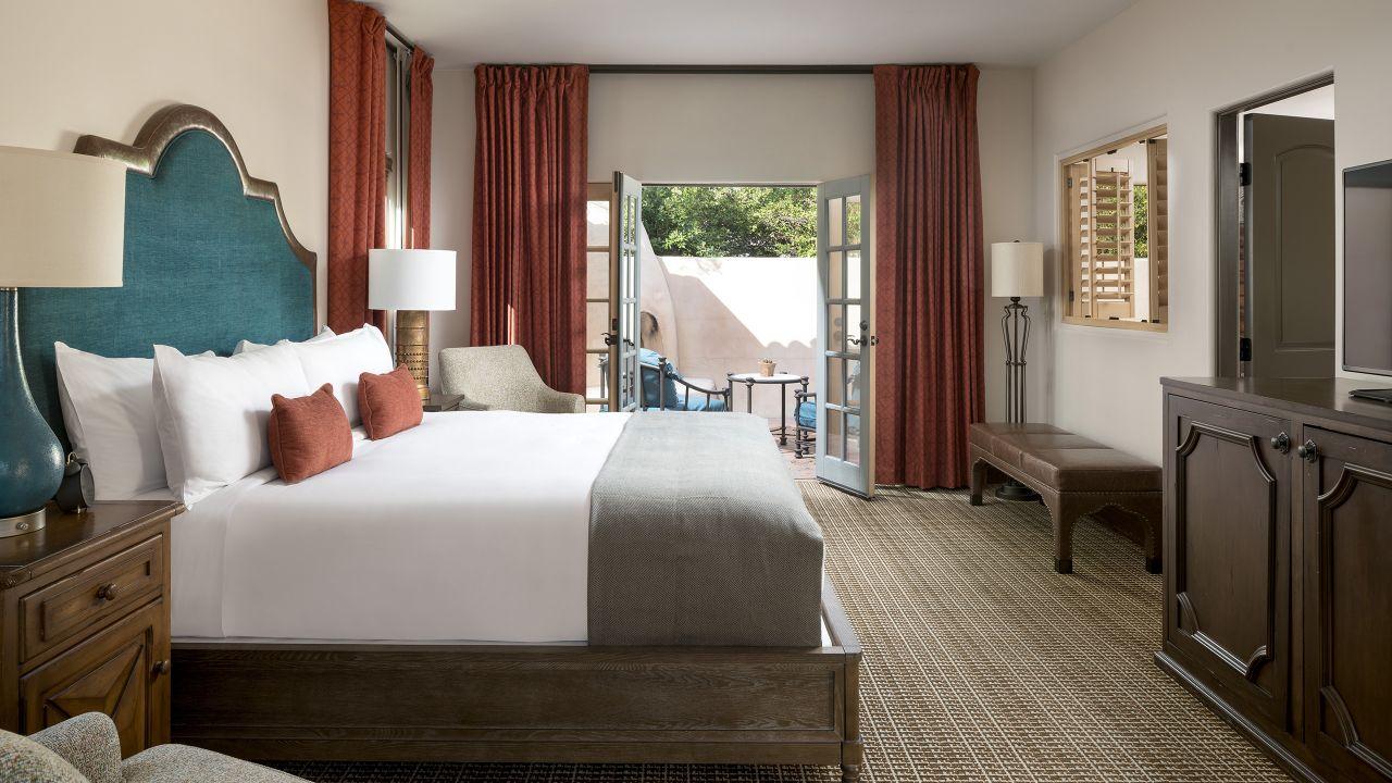 Alvadora Spa Villa Bedroom