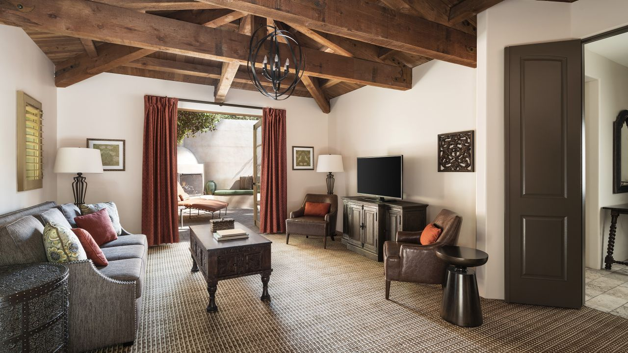 Arcadia Villa Living