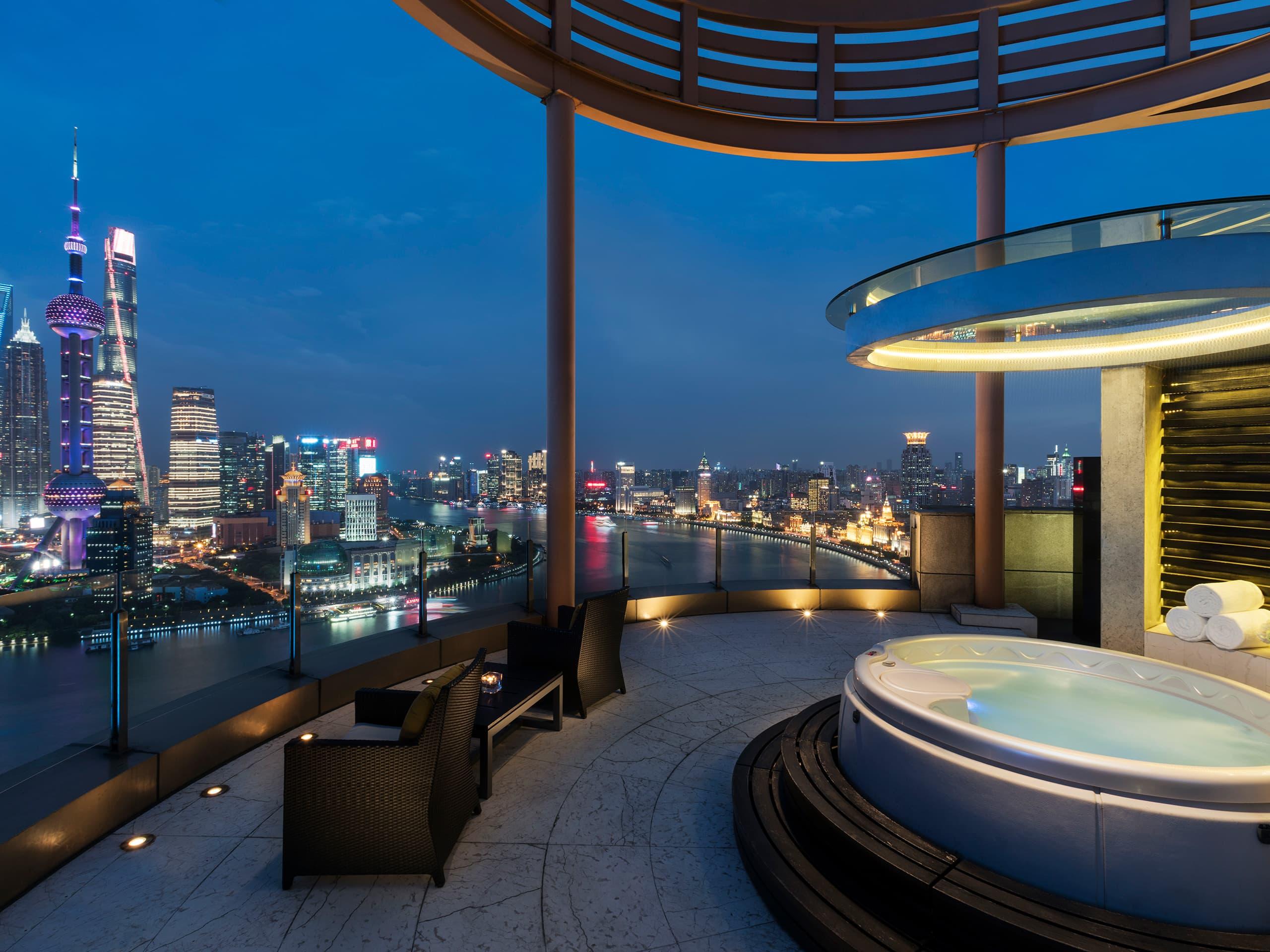 luxury 5 star hotels in shanghai china丨hyatt on the bund丨hyatt