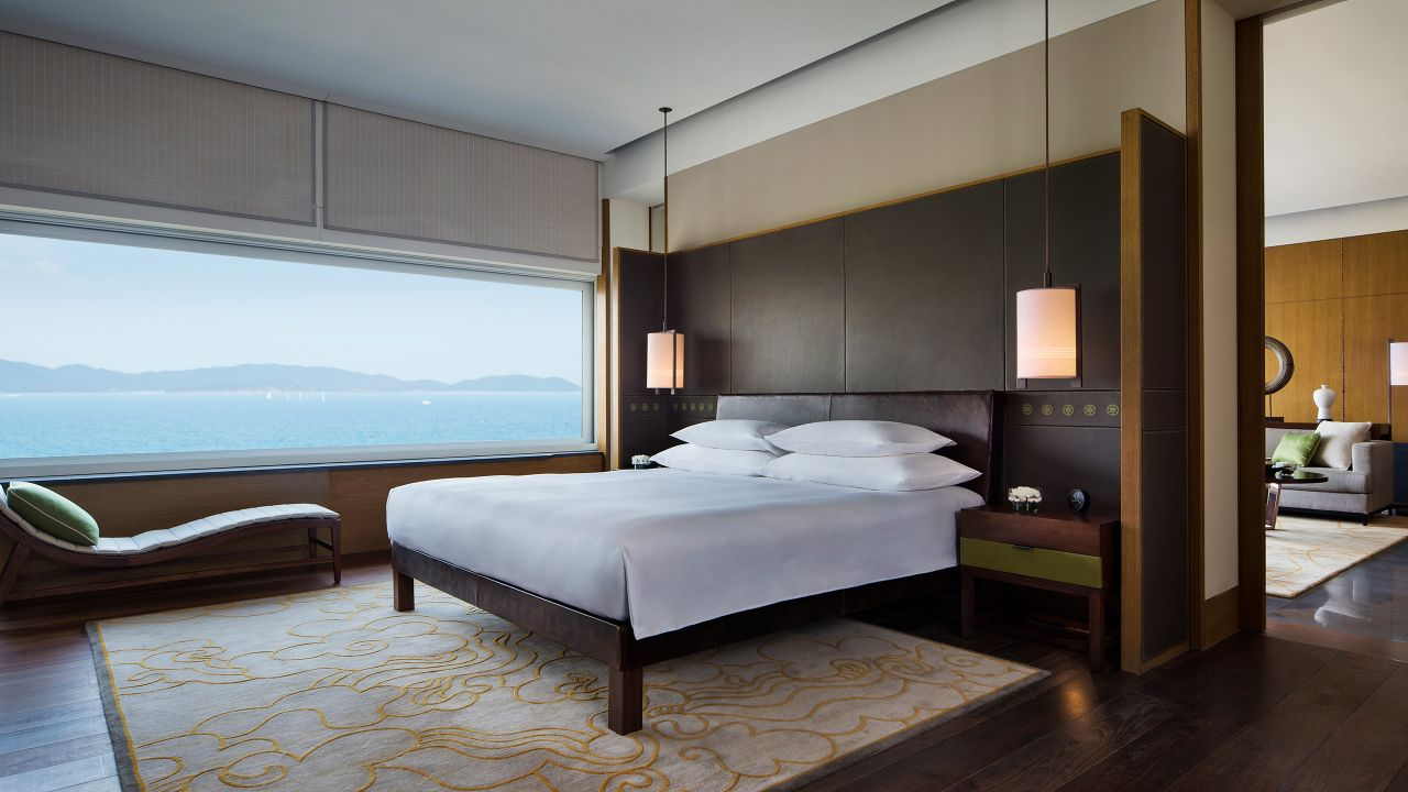 Premium Ocean View Room King Bed