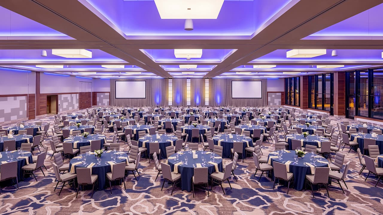 Grand ballroom with banquet setup Hyatt Regency Lake Washington at Seattle's Southport