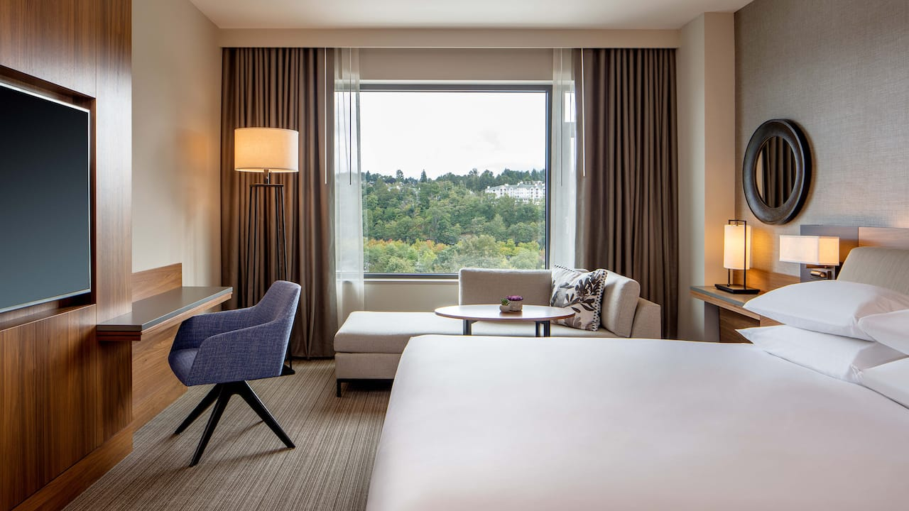 King room with Park view Hyatt Regency Lake Washington at Seattle's Southport