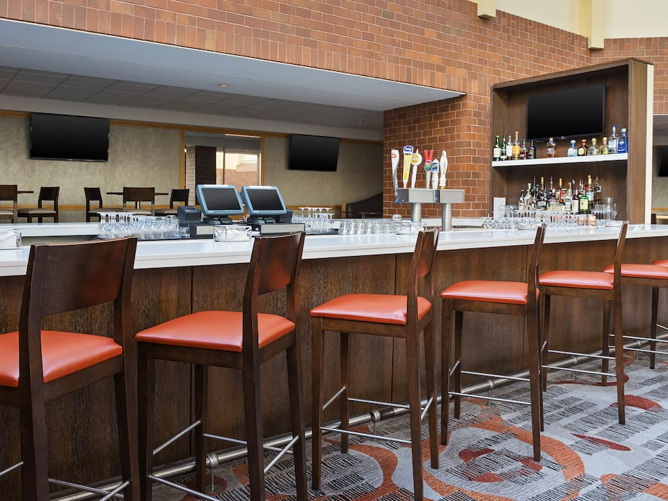 Artisan Kitchen and Lounge at Hyatt Regency Princeton