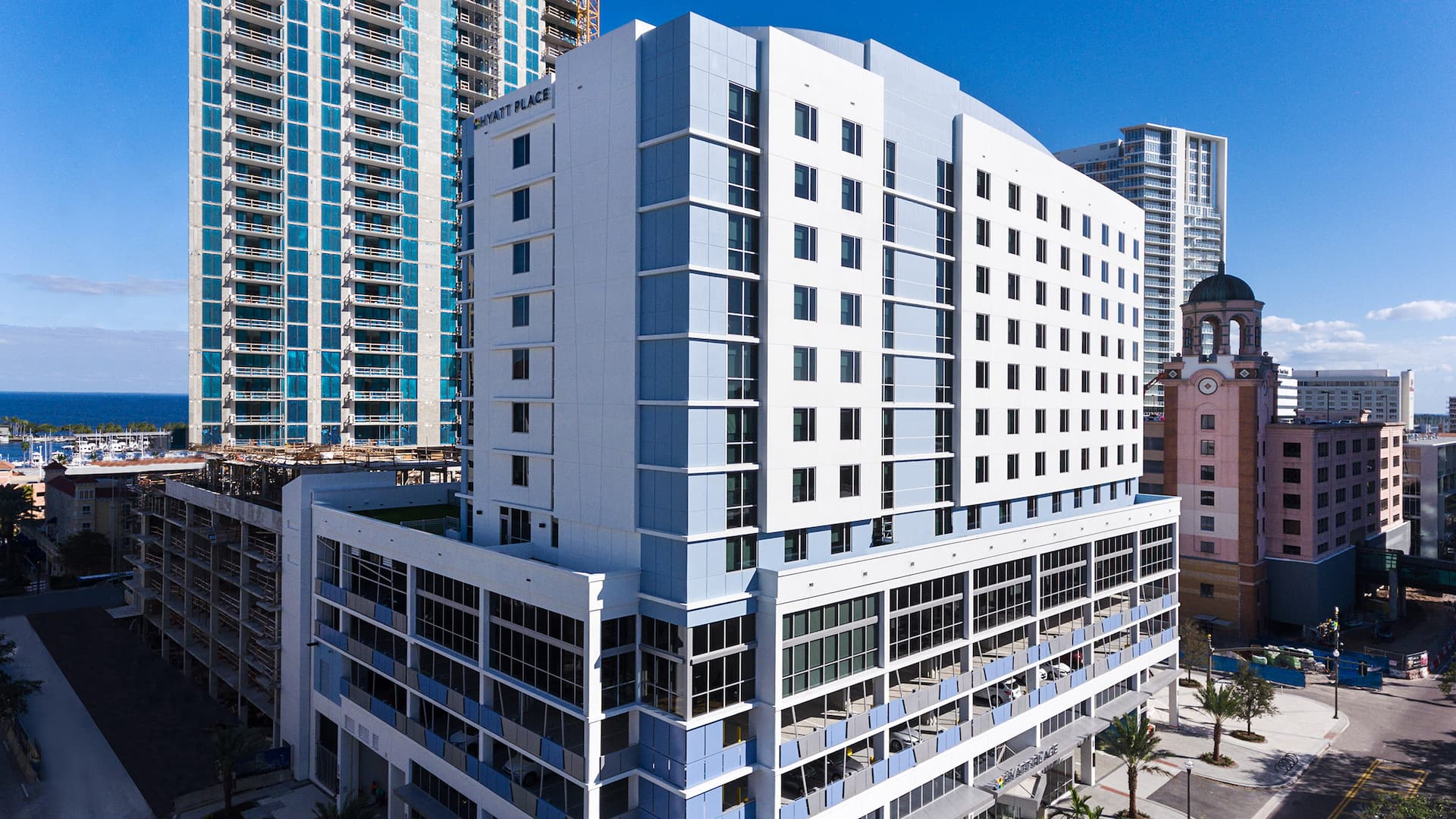 Hyatt Place St. Petersburg/Downtown hotel exterior