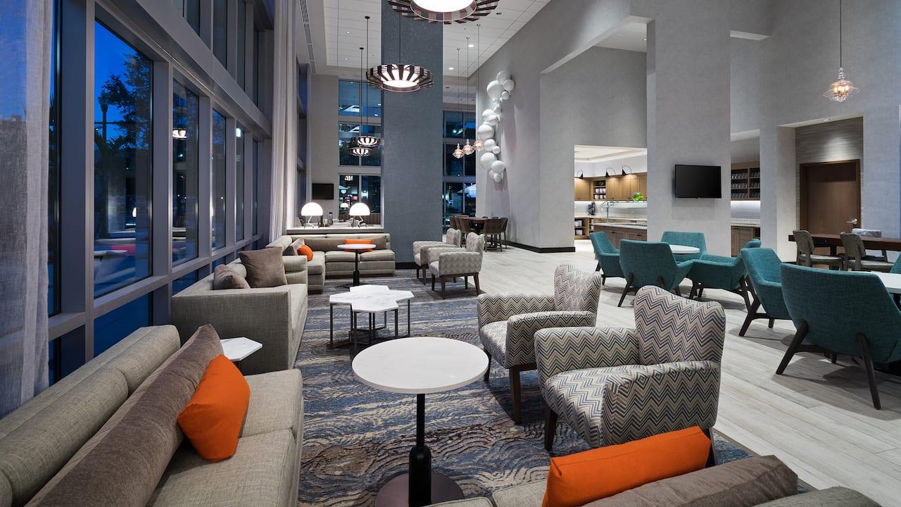 Hyatt Place St. Petersburg/Downtown Lobby Seating