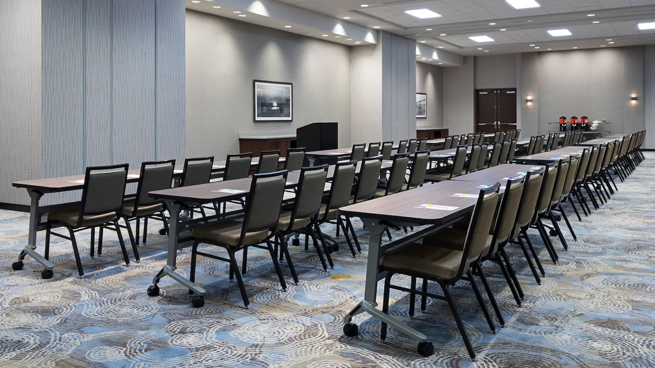 Hyatt Place St. Petersburg/Downtown Classroom