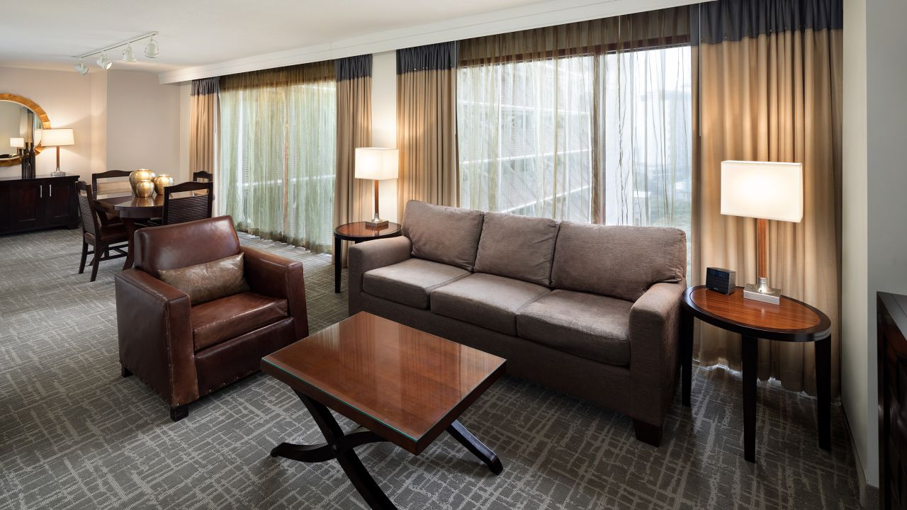 Room Riverbend Suite