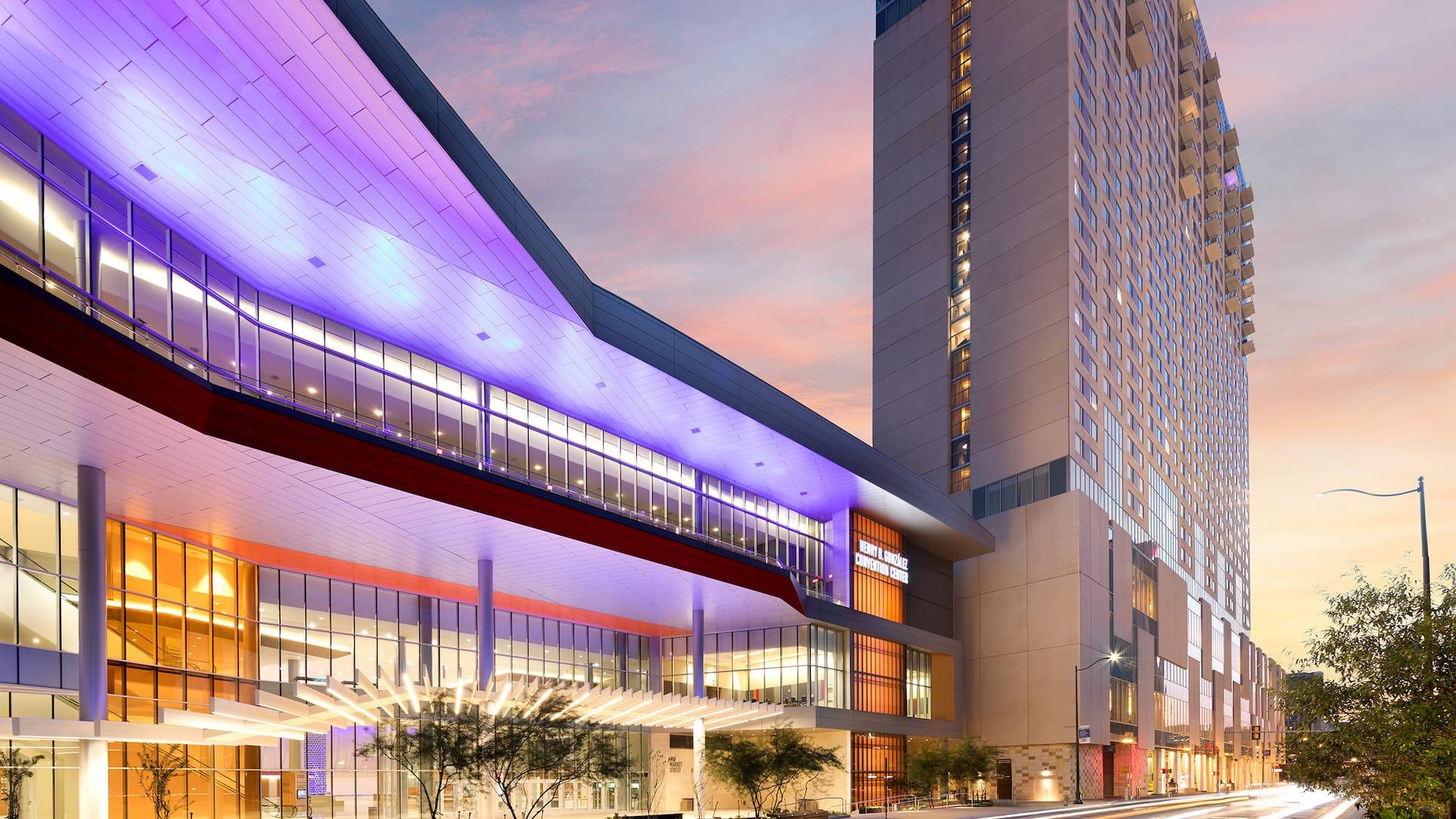 Evening View Hotel Exterior Grand Hyatt San Antonio