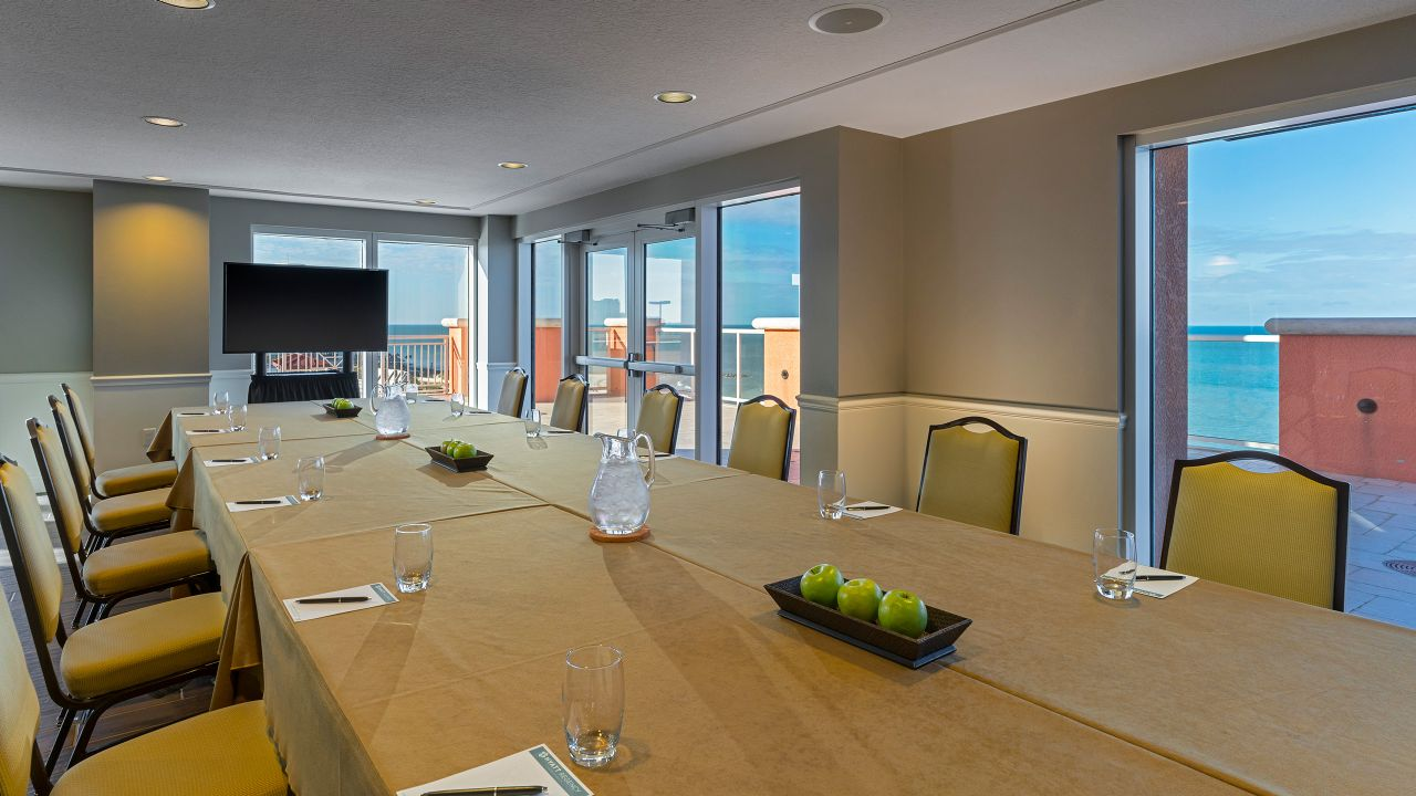 Hyatt Regency Clearwater Beach Resort Caladesi Breakout Room with View