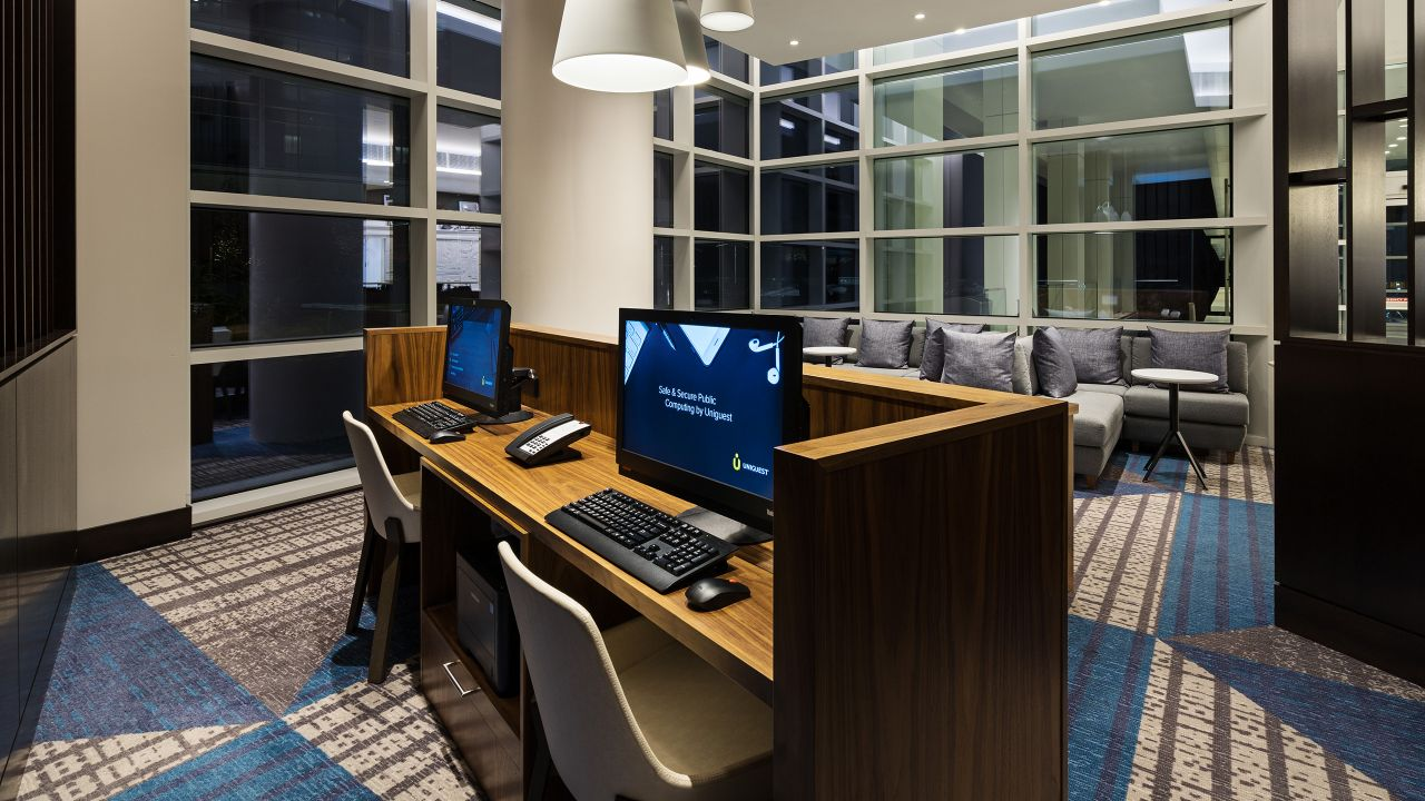 Hyatt House Washington DC, Business Center