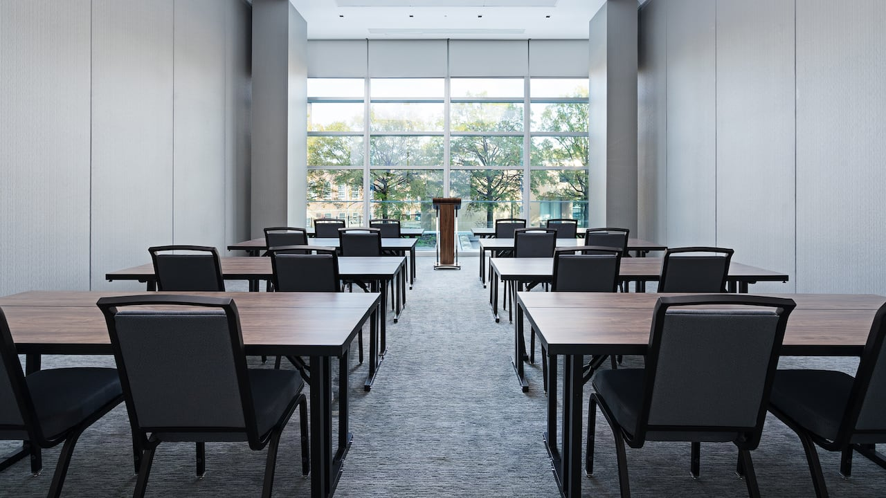 Hyatt House Washington DC/The Wharf classroom style meeting room